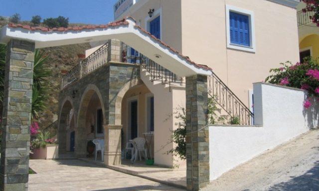 Rooms to Let | Myrties Kalymnos | Niki & Maria Studios